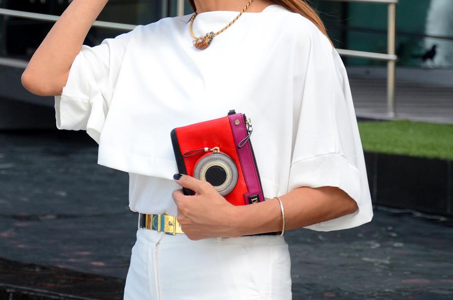 De punta en blanco, vestir de blanco, Chutch Diane Von Furstenberg, DVF
